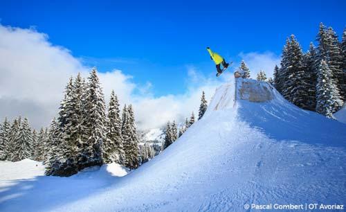 Avoriaz snowboard resort guide